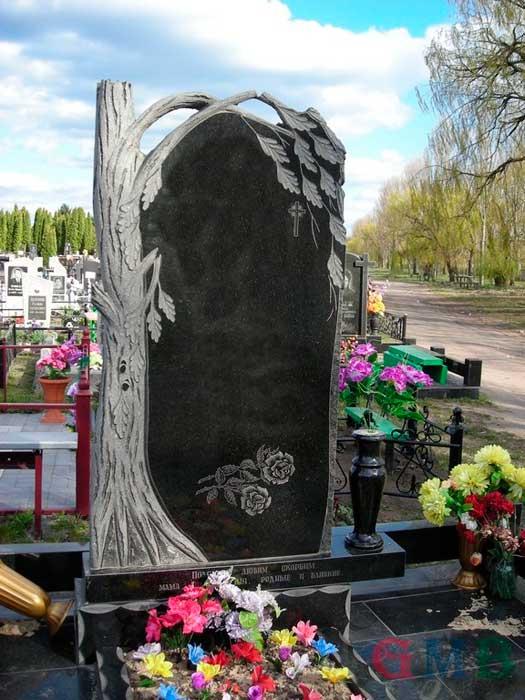 Памятники с деревом на могилу