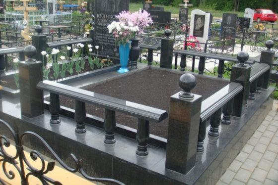 Гранитная ограда на могилу